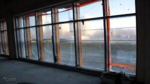 budowa sali gimnastycznej przy sp nr 68 fot. pim2 300x169 - Poznań: Nowa sala gimnastyczna na Piątkowie prawie gotowa