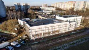 budowa sali gimnastycznej przy sp nr 68 fot. pim4 300x169 - Poznań: Nowa sala gimnastyczna na Piątkowie prawie gotowa