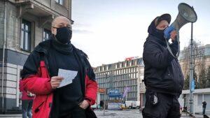 """demonstracja anarchistow fot. s. wachala 300x169 - Poznań: """"Wyłącz program wina+"""". Protest przeciwko państwu policyjnemu"""