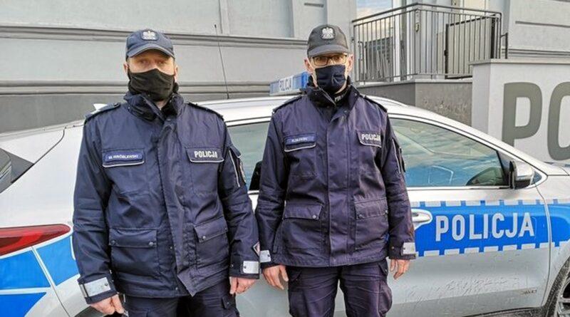 dzielnicowi ze Święciechowy fot. policja