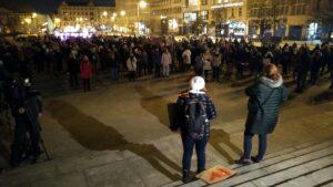 protest po uzasadnieniu wyroku tk strajk kobiet fot. l. lada4 300x169 - Poznań: Kobiety znów wyszły na ulice!