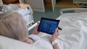 tablety w pcm fot. pcm 300x169 - Pleszew: Tablety dla chorych na covid-19