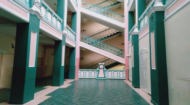 wnętrze II LO w Poznaniu