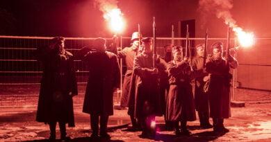 Zdobycie Ławicy - 102 rocznica symbolicznie w pandemii Apel pod wieżą fot. Sławek Wąchała