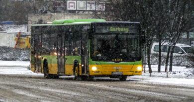 Zima autobus MPK śnieg Poznań fot. Sławek Wąchała