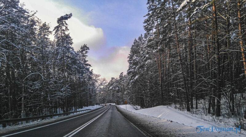 Zima droga zimowa droga śnieg fot. Sławek Wąchała