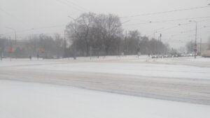 krolowej jadwigi3 300x169 - Poznań: Stoją samochody, stoją tramwaje, zima zwyciężyła
