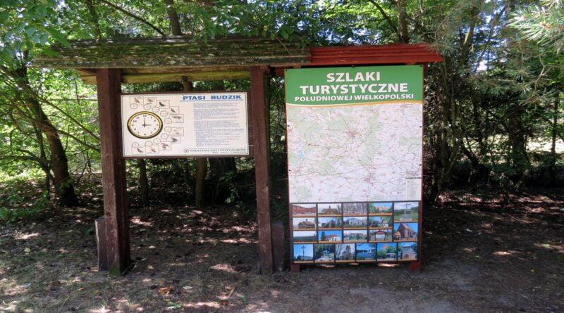 PTTK Ostrów Wlkp. Szlaki Turystyczne Południowej Wielkopolski (projekt zrealizowany w 2020 r.) fot. UMWW