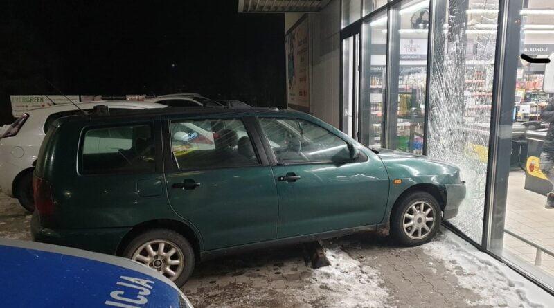 wypadek fot policja Nowy Tomyśl