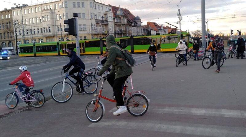 8 marca rowerem po aborcję