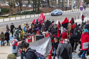 demonstracja z okazji dnia kobiet fot. slawek wachala 5691 300x200 - Poznań: Demonstracja przed Operą. Z okazji Dnia Kobiet