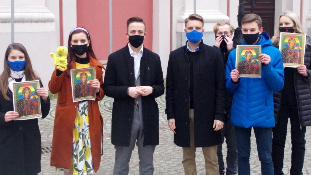"""mlodzi nowoczesni fot. mlodzi nowoczesni 1024x576 - Poznań: """"Świeckie państwo bez cenzury"""". Akcja Młodych Nowoczesnych"""