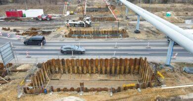 podpory wiaduktu w ciągu Kurlandzkiej fot.PIM