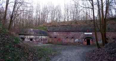 Fort 1a koszary szyjowe fot. ZK Wronki