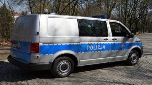 furgony patrolowe vw t6 fot. policja3 300x169 - Wielkopolska: 15 nowych radiowozów dla wielkopolskich policjantów
