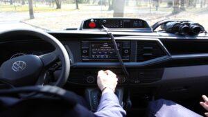 furgony patrolowe vw t6 fot. policja5 300x169 - Wielkopolska: 15 nowych radiowozów dla wielkopolskich policjantów