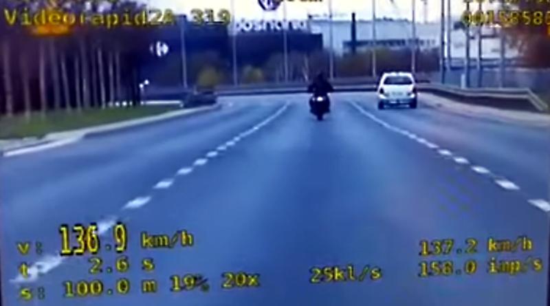 motocyklista na Krzywoustego fot. policja