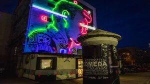 neon z krzysztofem komeda fot. um ostrow2 300x169 - Ostrów: Neon z Krzysztofem Komedą