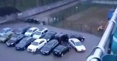 pijany kierowca na parkingu fot. policja Września prt scr