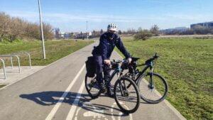 rowerowa drogowka fot. policja3 300x169 - Poznań: Rowerowa drogówka wyjechała na trasę