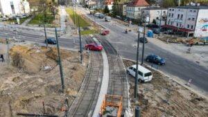 zielone torowisko trasy na naramowice fot. pim2 300x169 - Poznań: Zielone torowisko trasy tramwaju na Naramowice