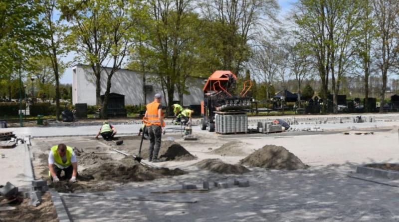 budowa parkingu przy cmentarzu fot. UMiG Swarzędz