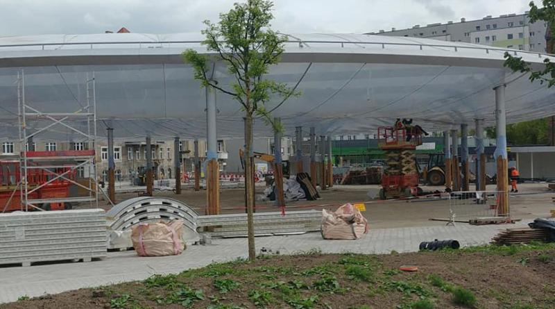 Dach na hali Rynku Łazarskiego fot. F. Olszak FB