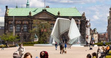 Miasto Poznań Plac Wolności fontanna Muzeum Narodowe fot. Sławek Wąchała