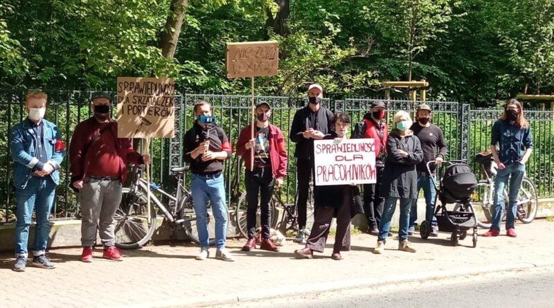 protest Inicjatywy Pracowniczej przed ZKZL