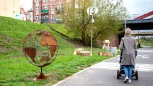 rzezby nad cybina fot. ump 300x169 - Poznań: Niezwykłe rzeźby nad Cybiną