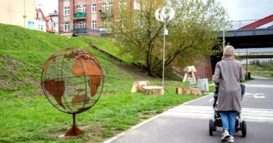 rzeźby nad Cybiną fot. UMP