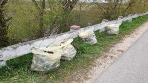 sprzatanie biebrzy fot. wody polskie4 300x169 - Wody Polskie posprzątały Biebrzę. Zebrano 5 ton śmieci!