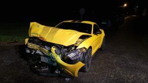 wypadek fot. osp buk 300x169 - Buk: Karetka zderzyła się z... Fordem Mustangiem