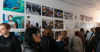Galeria w Bramie Poznań w dobie pandemiii - wernisaż fot. Sławek Wąchała