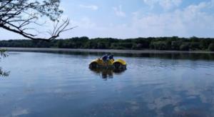 pobieranie probek wody fot. psse2 300x164 - Poznań: W miejskich jeziorach można się kąpać!