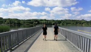 strazniczki na patrolu fot. smmp 300x171 - Poznań: Strażnicy miejscy przypominają o bezpieczeństwie w czasie upałów