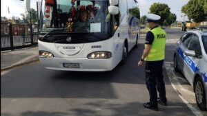 kontrola autokaru fot. policja Gniezno