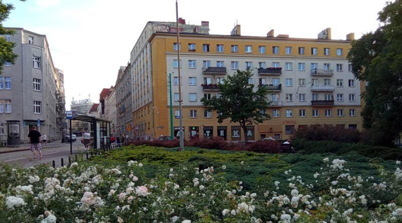 plac Cyryla Ratajskiego fot. L. Łada