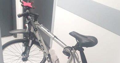 rower odzyskany przez policjantów fot. policja Tarnowo Podgórne
