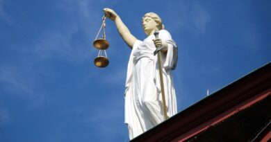 sąd, Temida fot.E. Lich pixabay