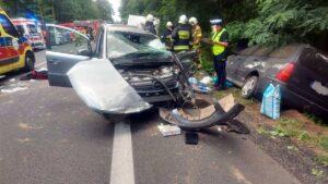 wypadek chodziez fot. kpp chodziez2 300x169 - Chodzież: Wypadek na DK11. Droga jest zablokowana