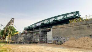 Zabytkowy wiadukt w Gnieźnie fot. WZDW