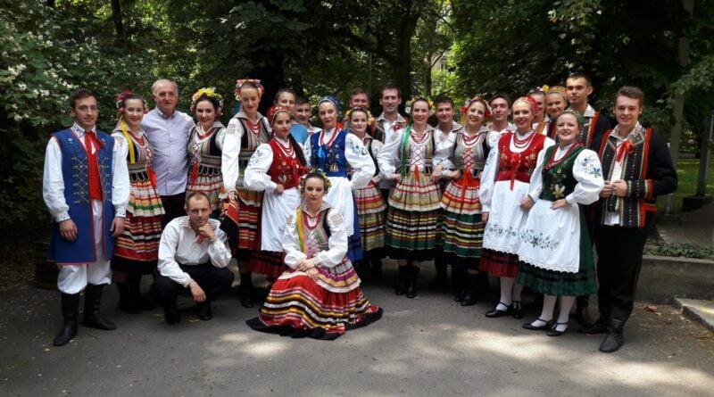Zespół Tańca Ludowego AWF fot. ZTL AWF