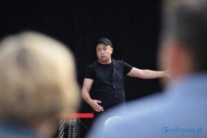 Czesław Mozil solo w GOK Komorniki fot. Karolina Adamska