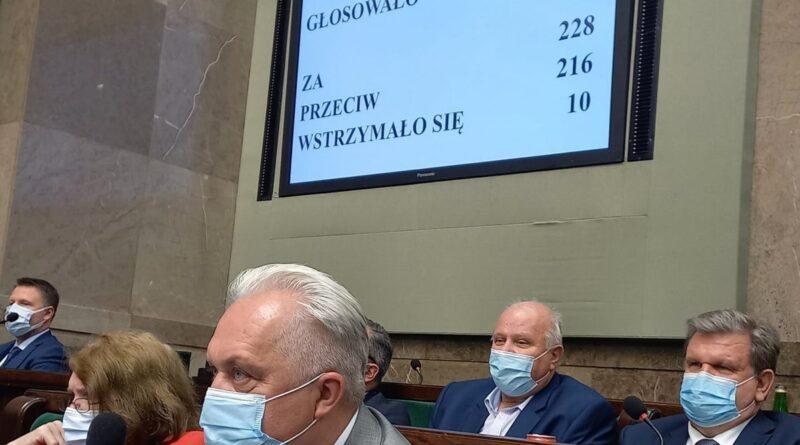 głosowanie w sprawie lex TVN fot. K. Kretkowska FB