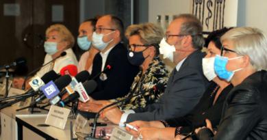 konferencja prasowa, wielki protest pracowników ochrony zdrowia, fot. NIL
