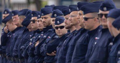 policjanci jadą na Litwę fot. policja Poznań