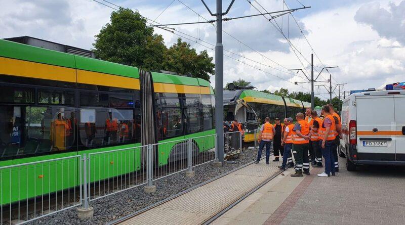 zderzenie tramwajów, rondo Starołęka fot. UMP