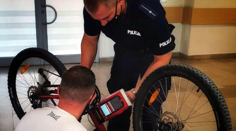 znakowanie roweru fot. policja