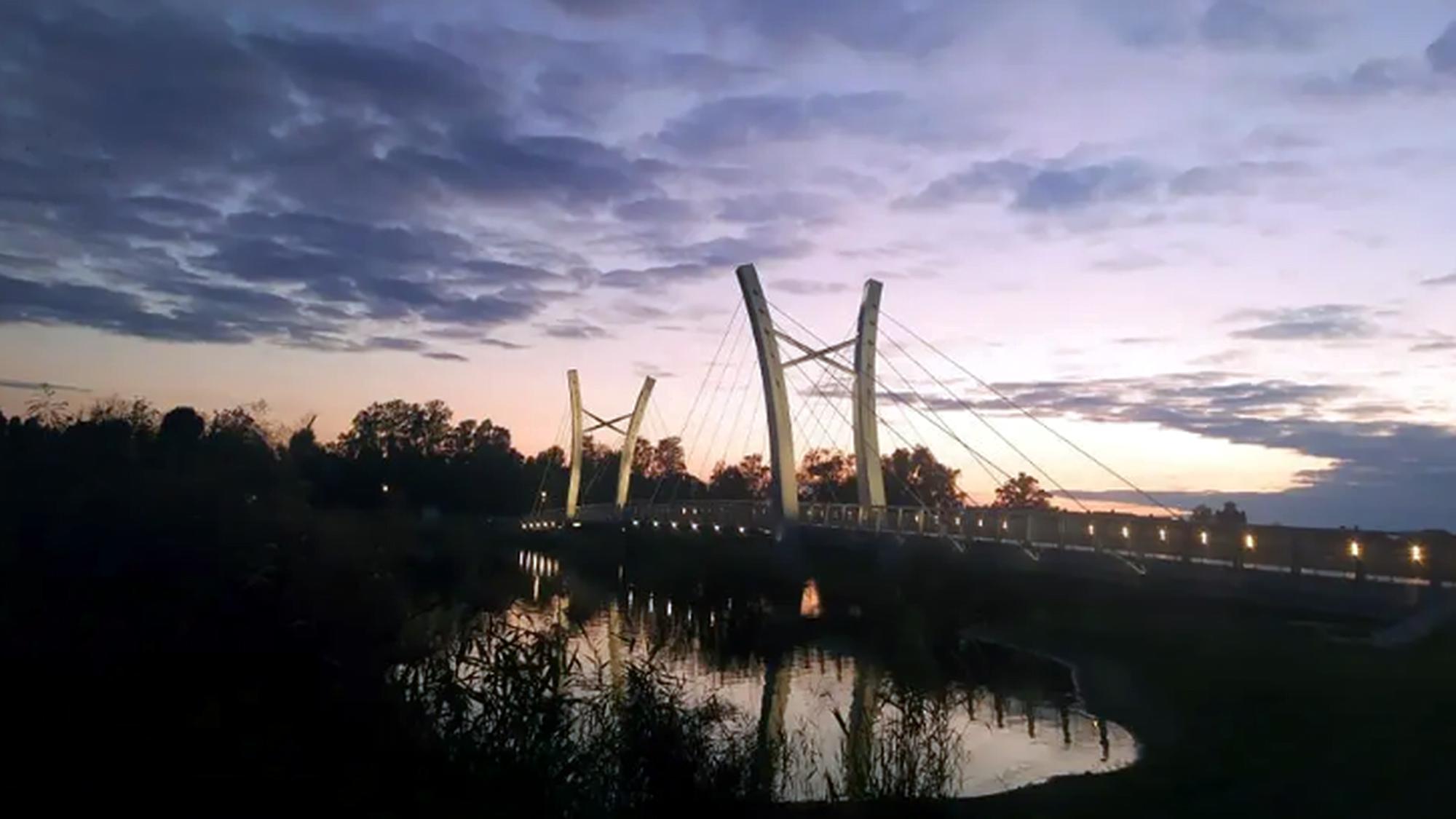 Kórnik: Oficjalne otwarcie kładki przez jezioro Kórnickie